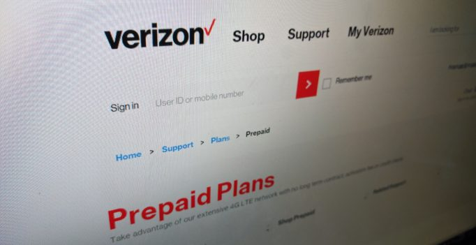 Verizon prepaid plan - Photo by Robert Beiler for CommonGeek